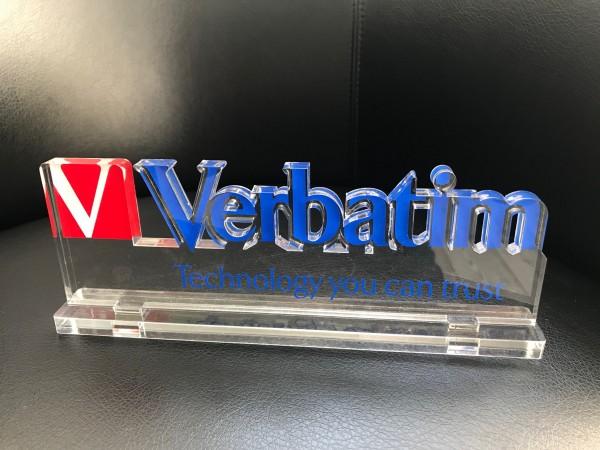 3D Acrylaufsteller (10mm GS transparent - 3-farbig foliert)